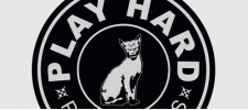 Логотип Play Hard.