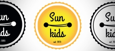 Логотип Sun Kids.
