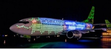 AirBaltic поздравили пассажиров с помощью самолёта.