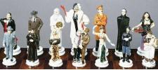 Художники изобрели шахматы.