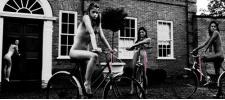 Ladies of Leisure: леди на досуге.