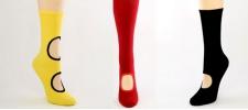 Sans: в моде дырявые носки.